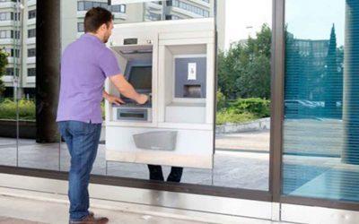 Le premier distributeur de billets sans banque arrive en France