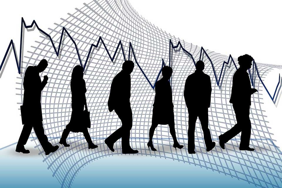 Chômage partiel : des entreprises en abusent déjà… les salariés nous racontent